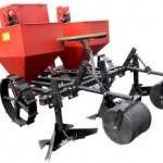 двухрядная картофельная сажалка для мини-трактора