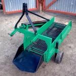 однорядная картофелесажалка для мини-трактора, ее характеристики