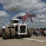 самый большой трактор Биг Бад