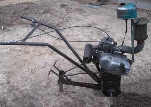 культиватор, изготовленный из бензопилы