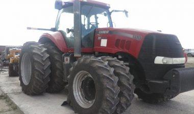 модель трактора Кейс 310
