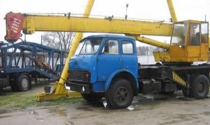 автокран на шасси МАЗ-500