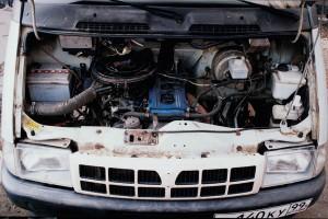 двигатель грузовика ГАЗ-3302