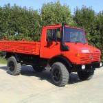 грузовой автомобиль Мерседес Унимог