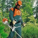 правила скашивания травы с помощью бензинового триммера Штиль