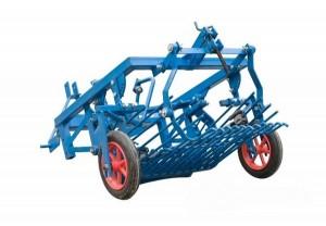 картофелекопалка на мини-трактор Уралец 220
