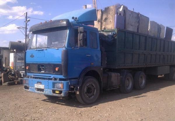 автомобиль МАЗ-64229