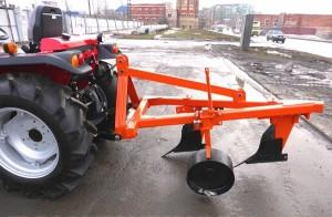 подвесной плуг для трактора ТИМ
