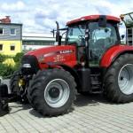 трактор Кейс, предназначенный для сельскохозяйственных работ