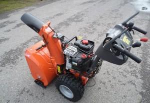 бензиновая снегоуборочная машина Хускварна 268