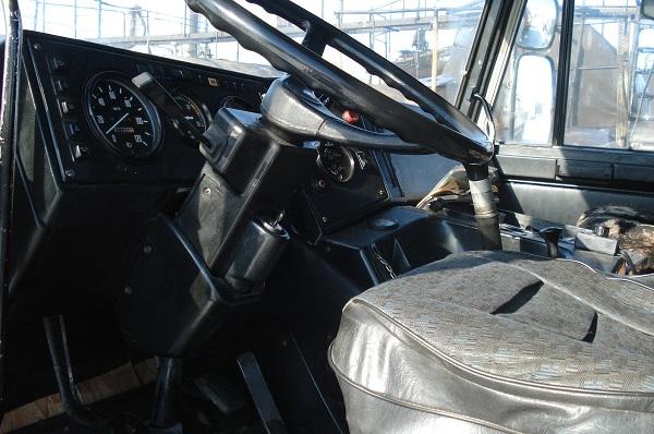кабина тягача МАЗ-64229-032