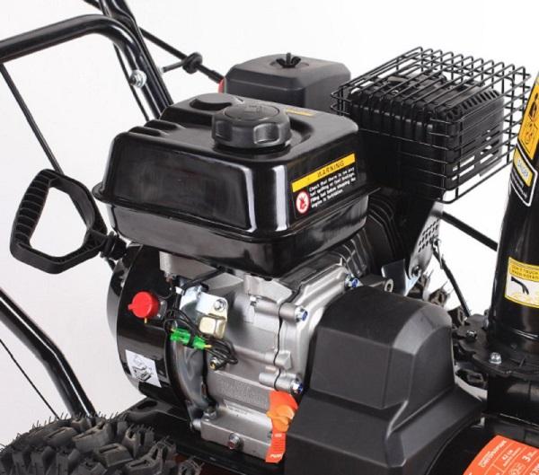двигатель снегоуборочной машины Патриот 700