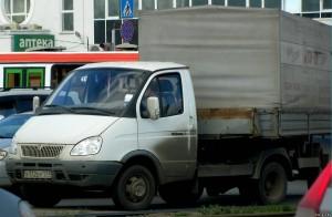 автомобиль ГАЗ-2409 с полуприцепом, его особенности