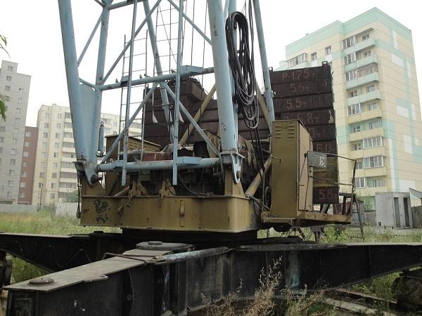 что представляют собой ходовая и поворотная части башенного крана КБ-405