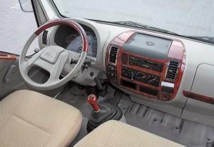 комфортабельность и особенности конструкции кабины FAW 1041
