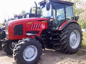 сравнение трактора Беларусь с Амкодор 333В