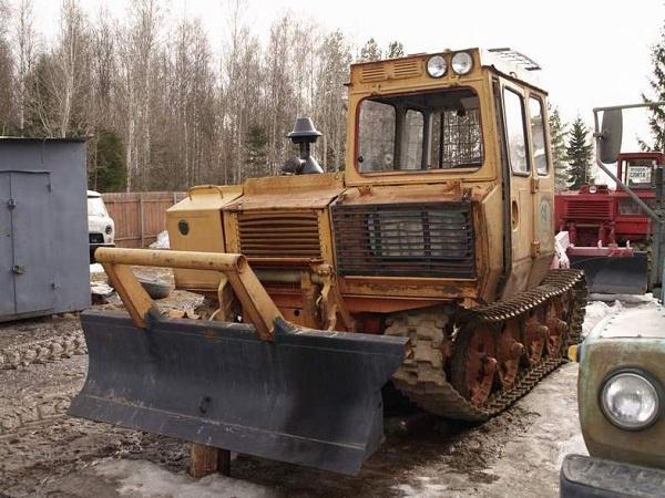 трактор трелевочный ЛХТ-55
