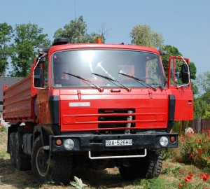 какими параметрами и техническими характеристиками обладает грузовик Татра 815