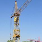 какие существуют достоинства и недостатки у башенных кранов Либхер