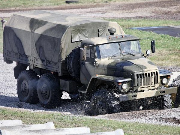 """хорошие параметры проходимости грузового автомобиля """"Урал-4320-10"""""""