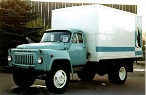 какими отличительными особенностями обладает грузовой автомобиль ГАЗ-53А