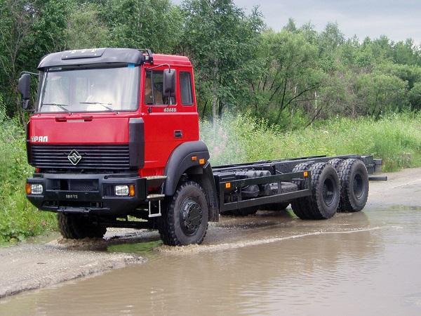 основные технические характеристики, которыми обладает автомобиль Урал-63685