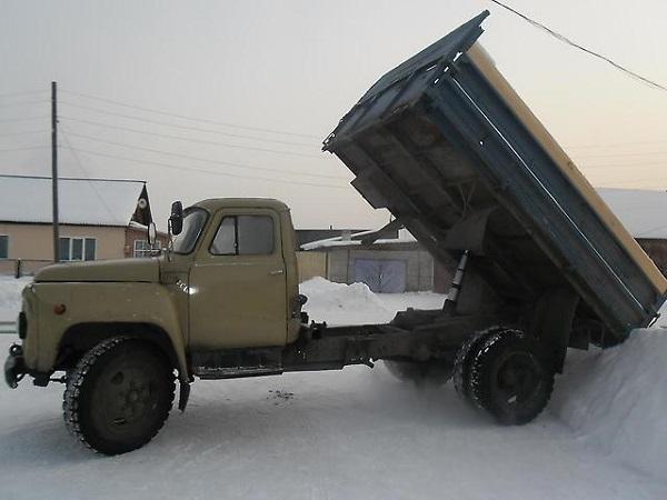 описание самосвала ГАЗ-53, достоинства и недостатки его эксплуатации