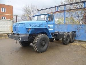 описание шасси Урала-5557