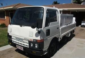 грузовой автомобиль Ниссан Атлас 200