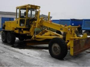 Устройство автогрейдера ДЗ-180, применение модели в коммунальном хозяйстве