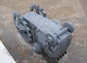 Основное предназначение ходовой части гусеничного крана МКГ-40