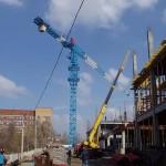 строительство с применением башенного крана Либхер