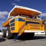 один из самых больших в мире самосвалов с высокой грузоподъемностью - БелАЗ-540