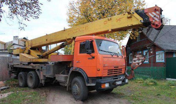 Основные особенности автокрана ивановец 25 тонн