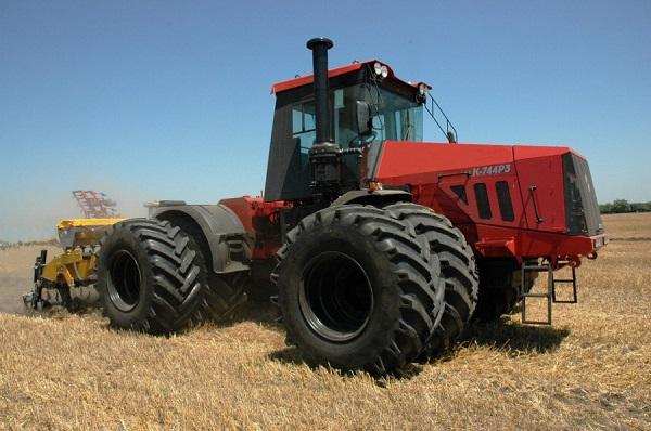 Основные характеристики трактора «Кировец» К-744р и его обзор