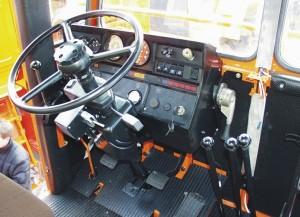 Преимущества кабины трактора кировец К-744р