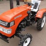 """Мини-трактор """"Уралец-220"""": технические характеристики, особенности эксплуатации, достоинства и недостатки"""