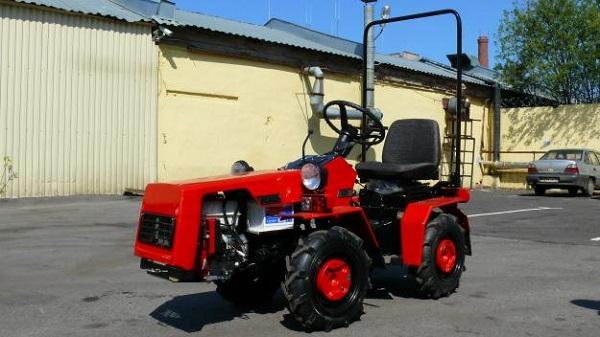 Главные характеристики модели мини-трактора «Беларус» 132Н