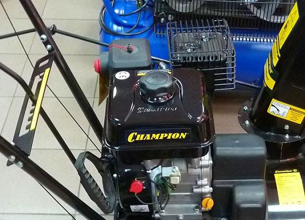 Силовая установка снегоуборщика Champion ST656BS
