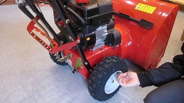 особенности ходового механизма снегоуборщика МТД 61