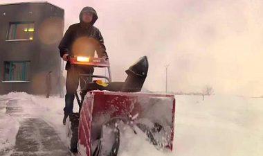 особенности работы снегоуборщика МТД МЕ 61