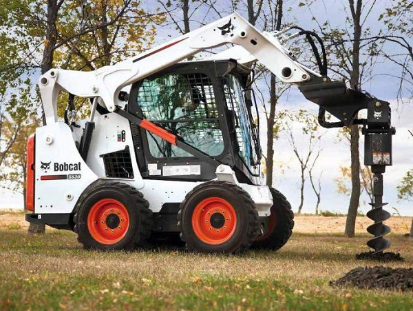 Bobcat S530 с гидробуром