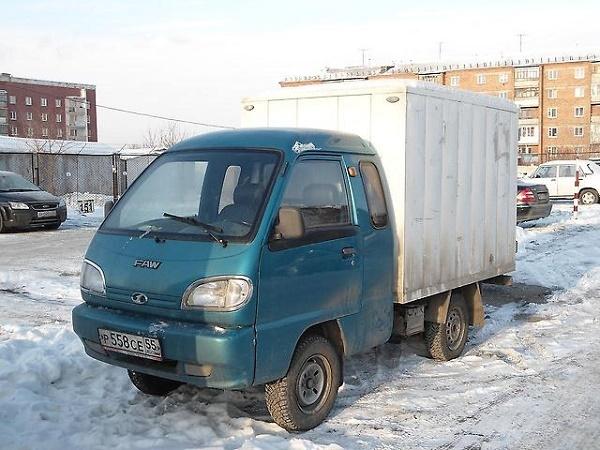 фото разновидности кузова FAW-1010 - изотермический фургон