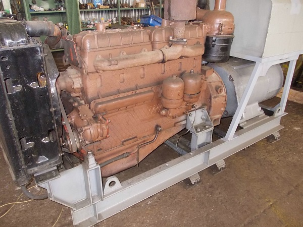 описание двигателя крана РДК-250
